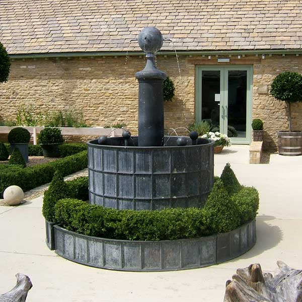Daylesford-Fountain